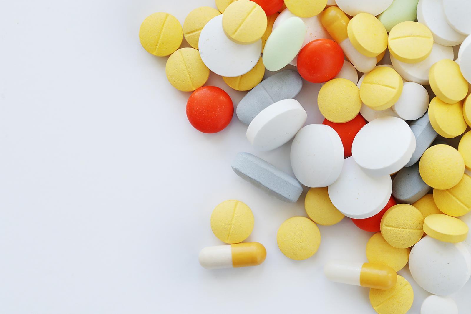 Por Que Tomar Medicamentos Por Conta Própria É Perigoso?