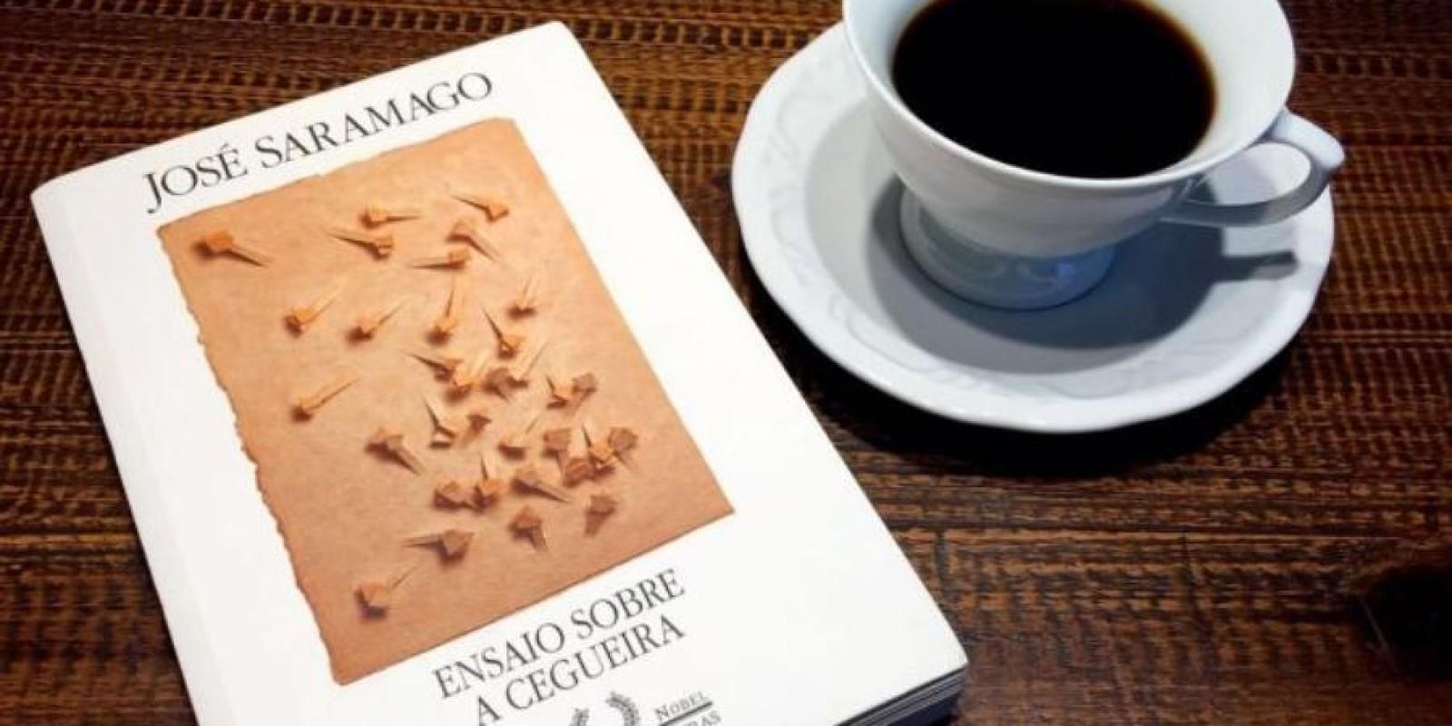 Ensaio Sobre A Cegueira, De José Saramago