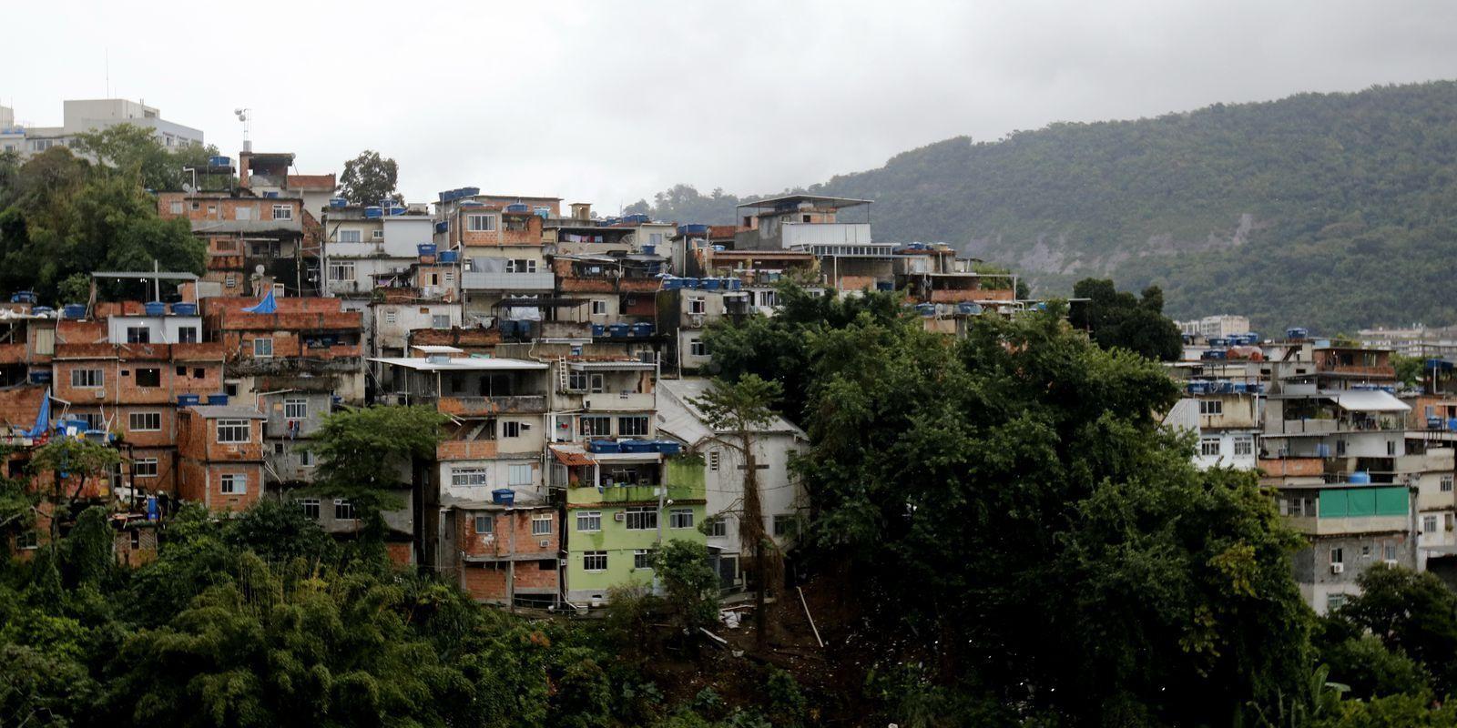 Onde O Estado Não Chega: A Solidariedade Nas Favelas