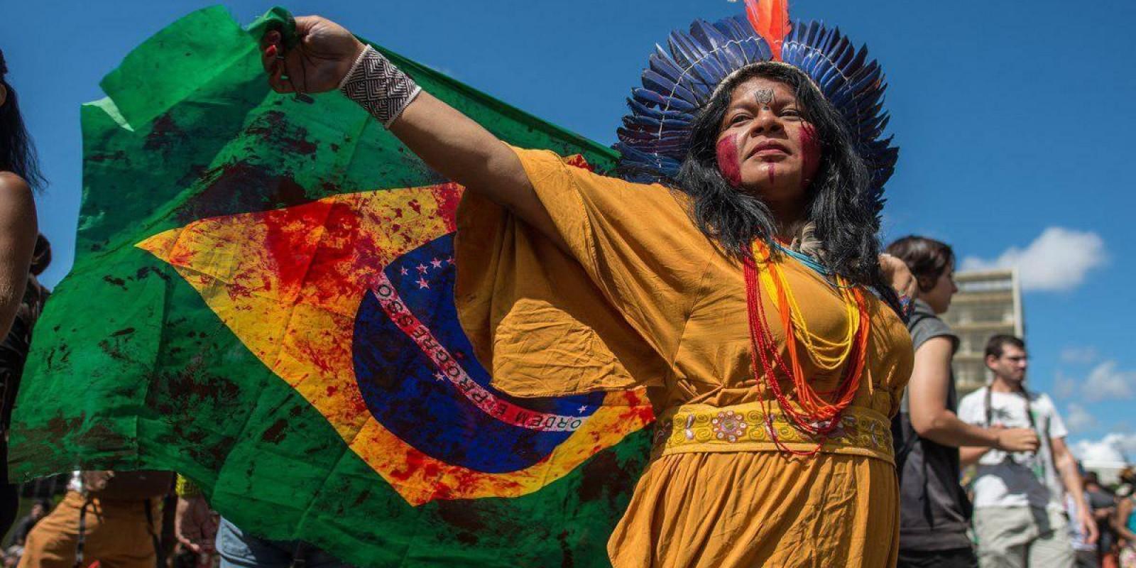 Territórios E Direitos Dos Povos Indígenas