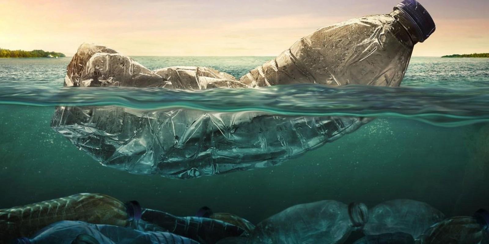 Oceano De Plástico